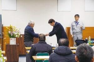 敢闘賞 押野の小林さんが受賞